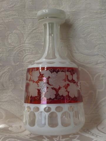 bottiglia boremia vino, spilla sphinx perle e turchesi 003