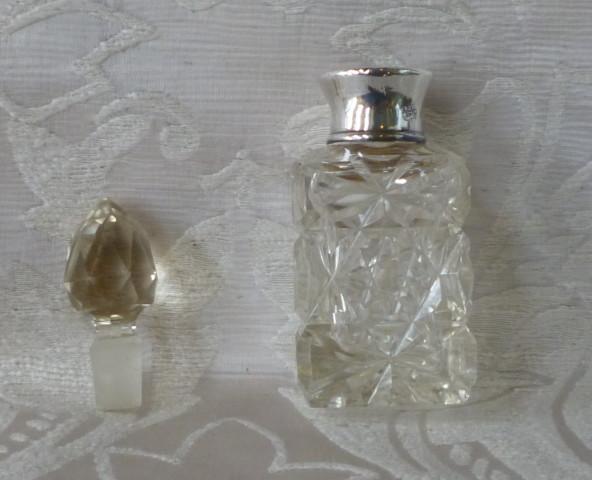 bottoglia profumo cristallo argento Bh 1921 004