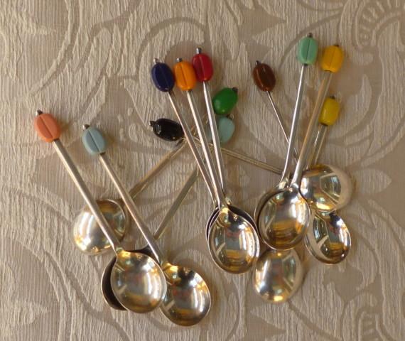 cucchiaini caffè colorati coltelli colorati 008
